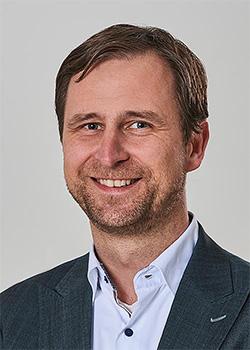 Peter Schönbrunn, Schatzmeister